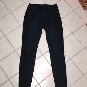 Skinny jeans size 28